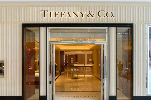 Brands ensure positive outlook for the luxury sector