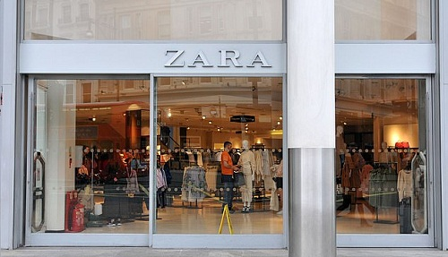 The war heats up with Amazon ready to take on Zara 001